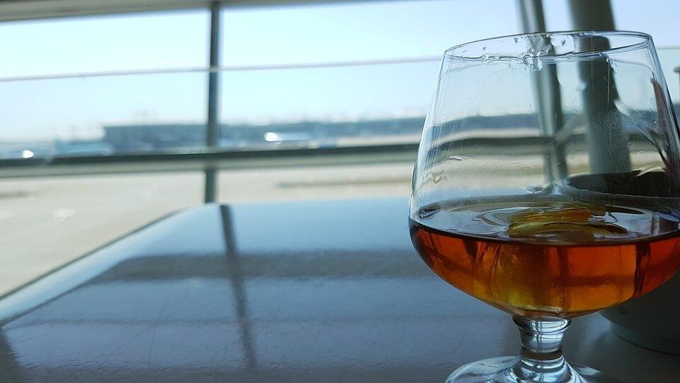 空港ラウンジからの眺め