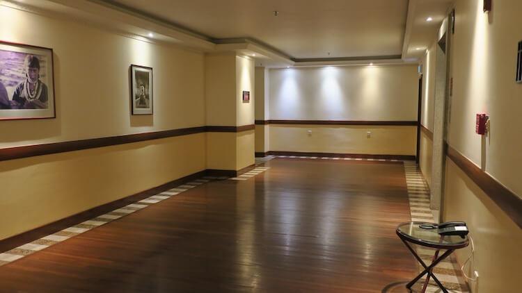 客室階のエレベーターホール